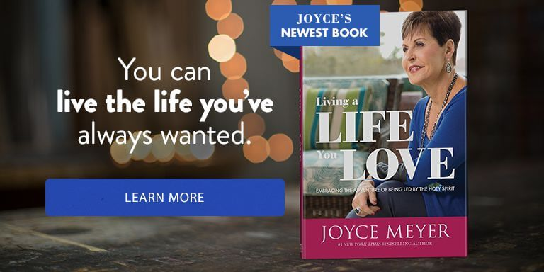 Get Joyce's New Book - Living a Life You Love